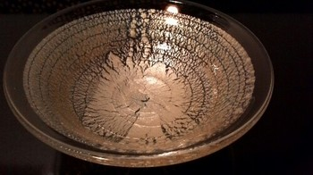 ガラスの平茶碗2.jpg