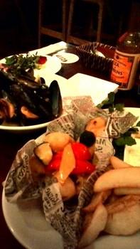 ムール貝とフィッシュ&チップス.jpg
